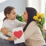Para economizar na hora de presentear, livros se tornam excelente opção para o Dia das Mães