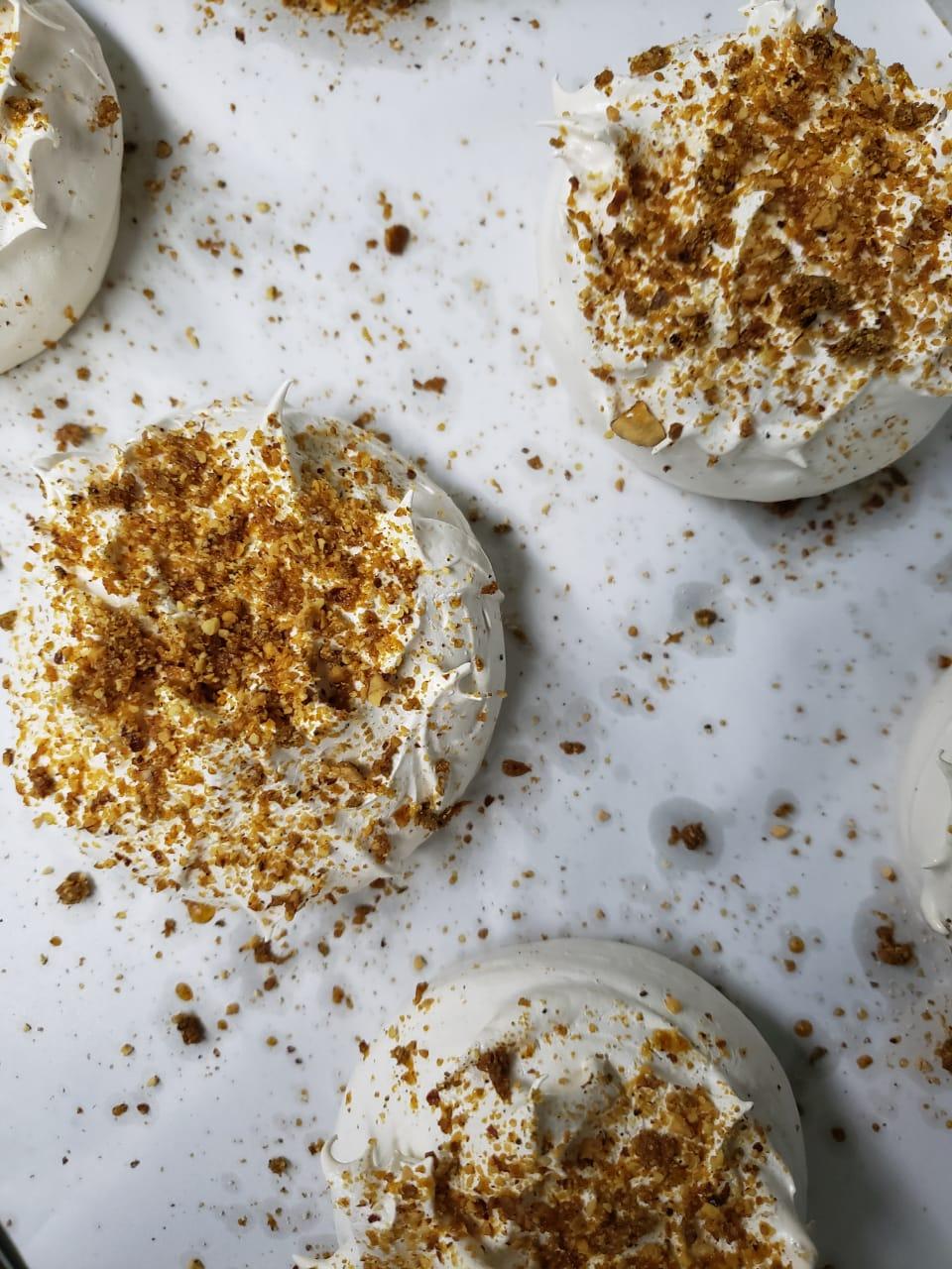 São João: saiba como fazer merengues com a crocancia do amendoim