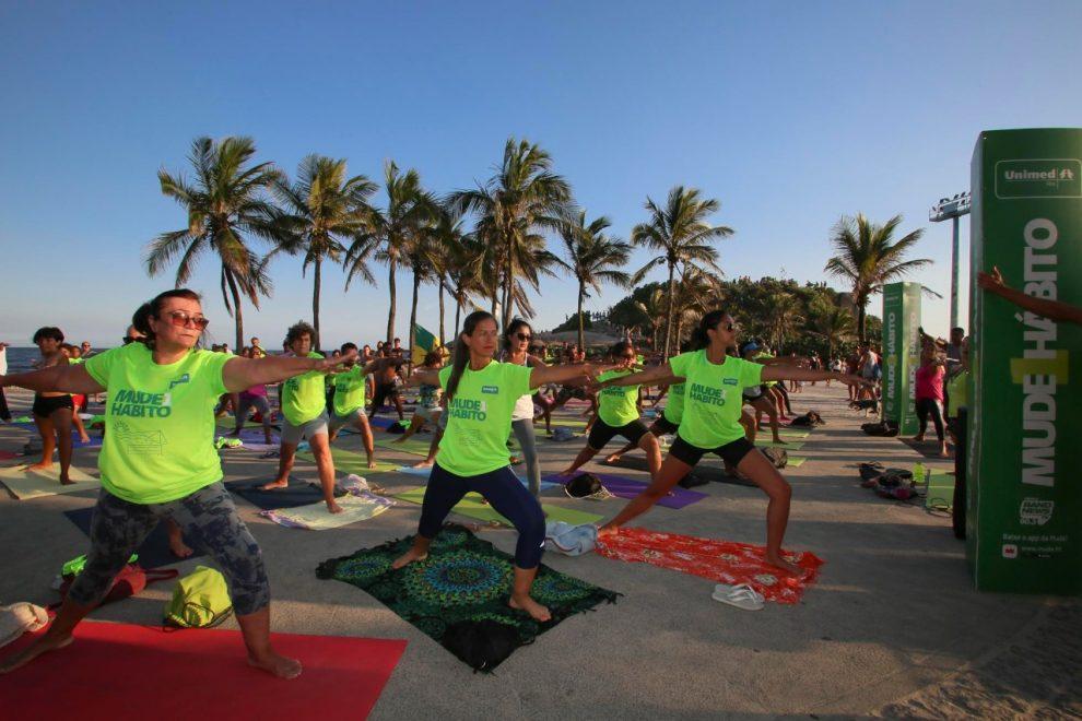 Unimed-Rio promove aulas gratuitas de Yoga em oito pontos do Rio neste sábado