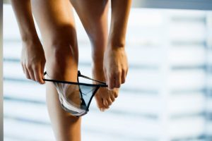 Moda íntima feminina: as calcinhas de renda, suas vantagens e cuidados